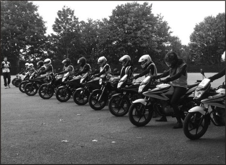 Trainees doing a CBT test with London Motorcycle Training
