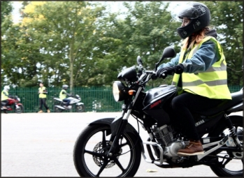 Trainees attending a CBT training school with London Motorcycle Training