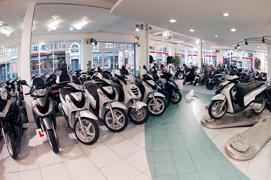 Motoden Honda dealer showroom2